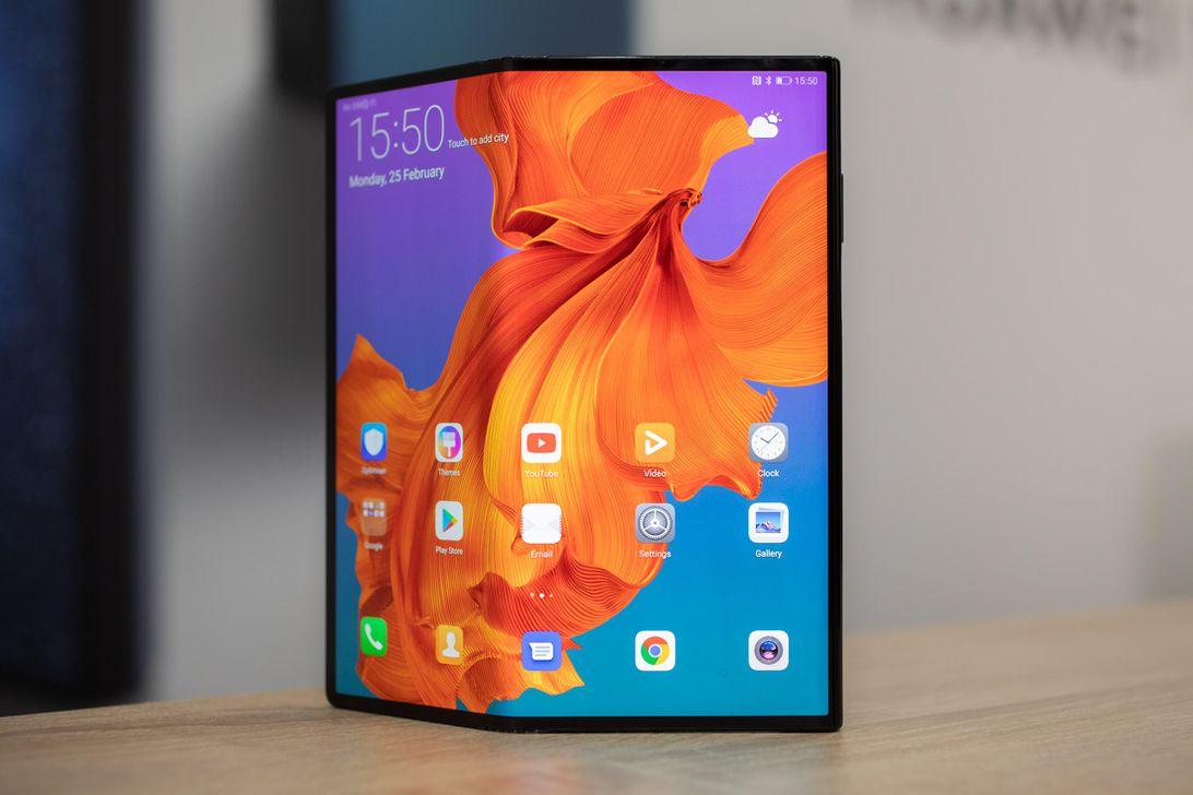 據報道,華為Mate X可折疊手機將于9月推出