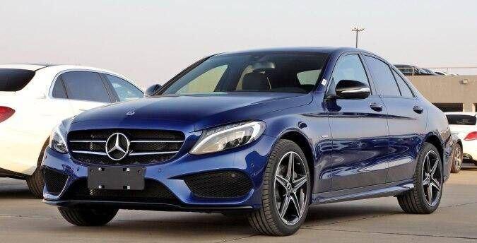 价值比奔驰c级更高的中型车,配备1.8T 5AT,仅12万