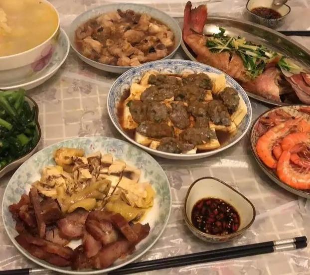 张柏芝在《向往的生活》说自己很会做菜,黄磊买什么她图片