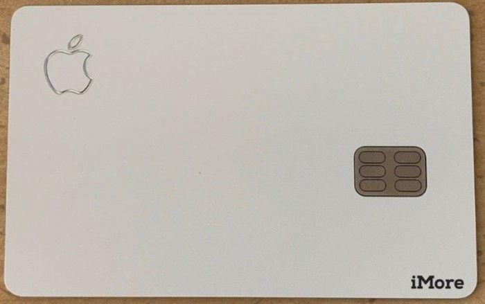 苹果「Apple Card」真身亮相:设计简洁 重量约14.74克