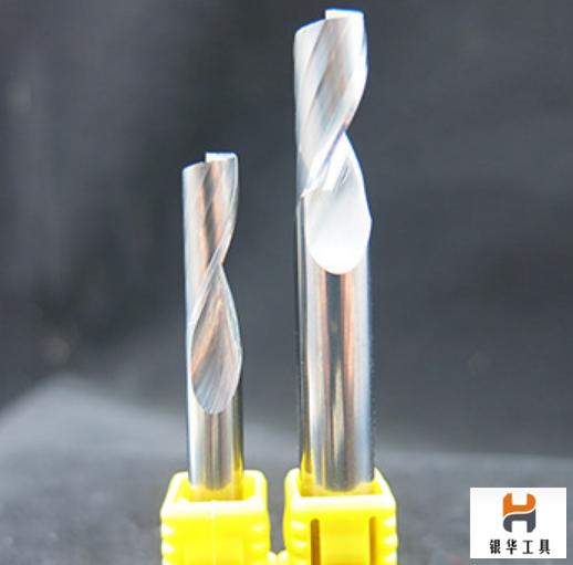 大幅度提高硬质合金钻 头和钨钢铣刀耐用度的秘