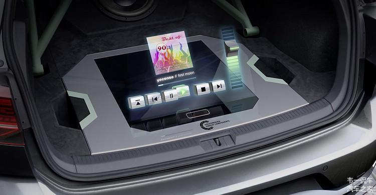 大众高尔夫GTI极光和战斗机概念车全图像3D投影技术