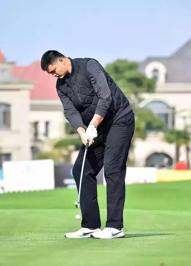 打高尔夫的明星有哪些?