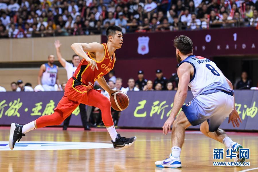 国际男篮对抗赛:中国队不敌澳大利亚NBL联队