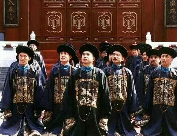 清朝的九大总督中,谁才是权力的中心?差距好比天上和地下