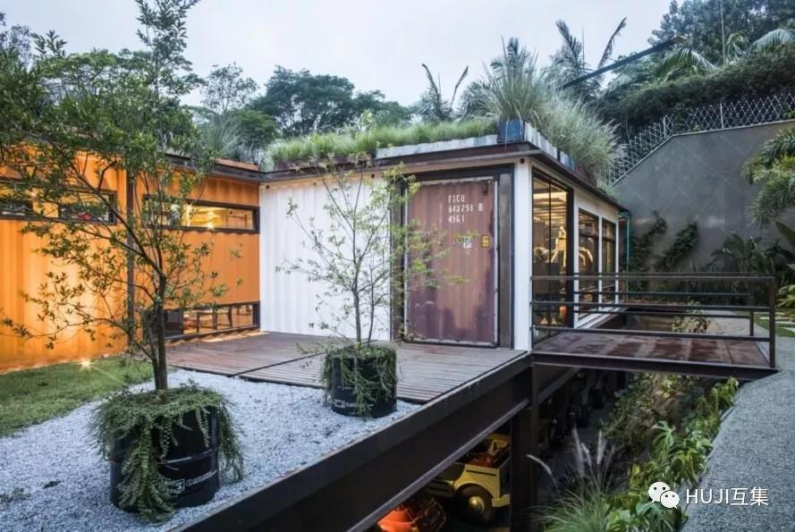 来自复古的浪漫艺术空间,植物覆盖的集装箱画廊图片
