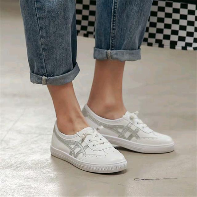 Women's board shoes
