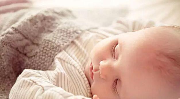 实用哄睡安抚法,让宝宝轻松入睡