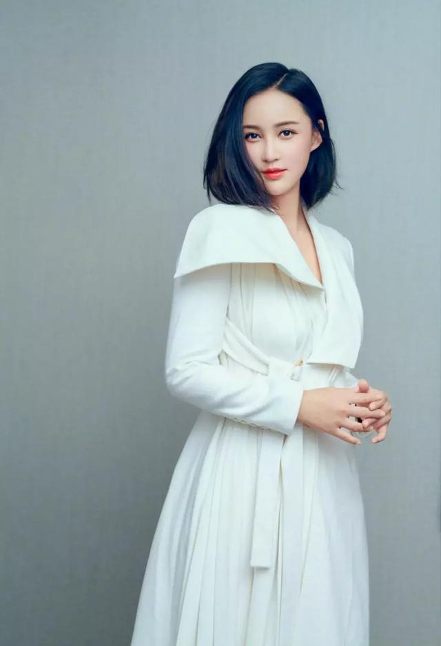 张歆艺产后身材走样胖了不少,可她依旧是袁弘最宠爱的人