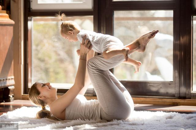 张歆艺回应产后身材走样 哺乳期的妈妈易发胖?