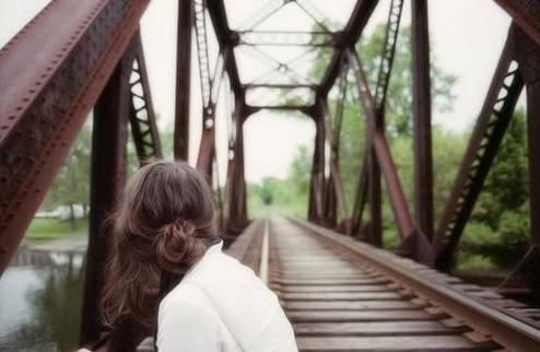 强迫症与精神分裂症如何区别 谨记强迫症需满这3个条件!