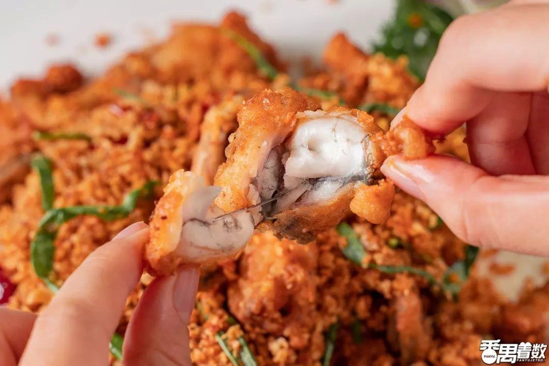 亚洲美女狠狠的撸_南村的街坊饭堂,还有港式避风塘炒蟹.