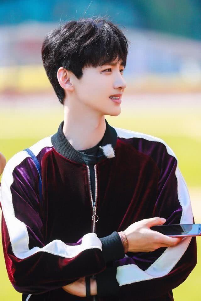 摩根娱乐:韩国人眼中最帅的中国男明星王俊