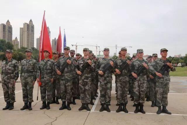 【新闻】2019年河南省首届学生军事训练营圆满闭营