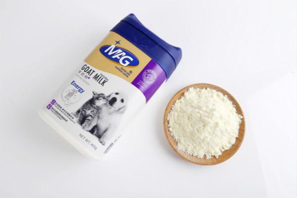 狗狗可以喝羊奶粉吗?幼犬喝宠物羊奶粉有什么好处?