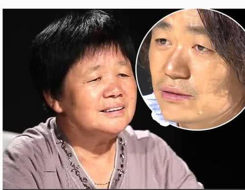 母亲出殡,王宝强白布遮面痛哭喊娘,孝子行为感动村民 作者: 来源:素素娱乐