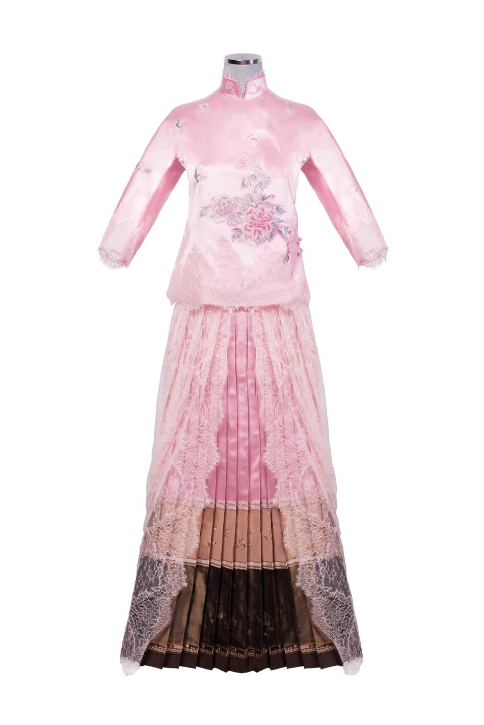 蝴蝶元素服装设计图
