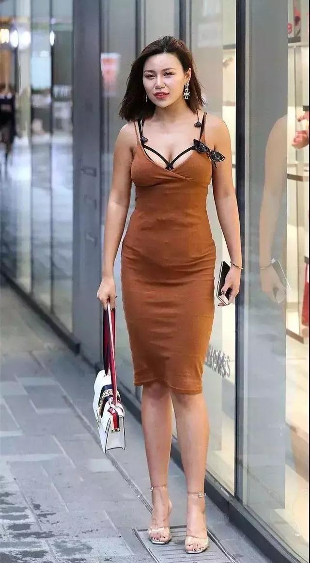 高跟鞋优雅彩世界APP,展现出女性