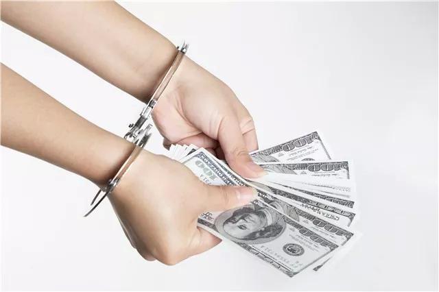 将租赁公司的车抵押给他人,7人团伙2年诈骗144辆车,金额三千万