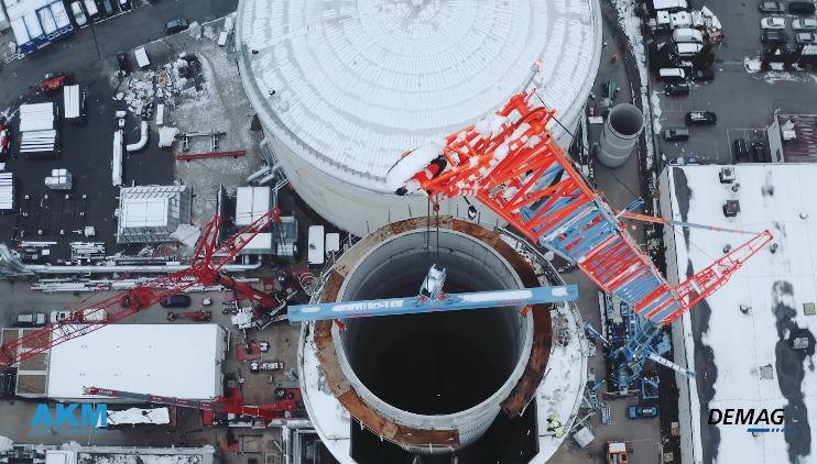 德马格500吨全地面起重机 119米高空挑战20厘米活动距离
