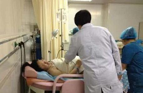 刚产后,护理人员会问这好多个隐私保护难题,别脸发红用心回应