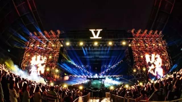 6月29日,張杰「未·LIVE」全球巡演南京站,將在奧體中心熱血開唱!_歌迷