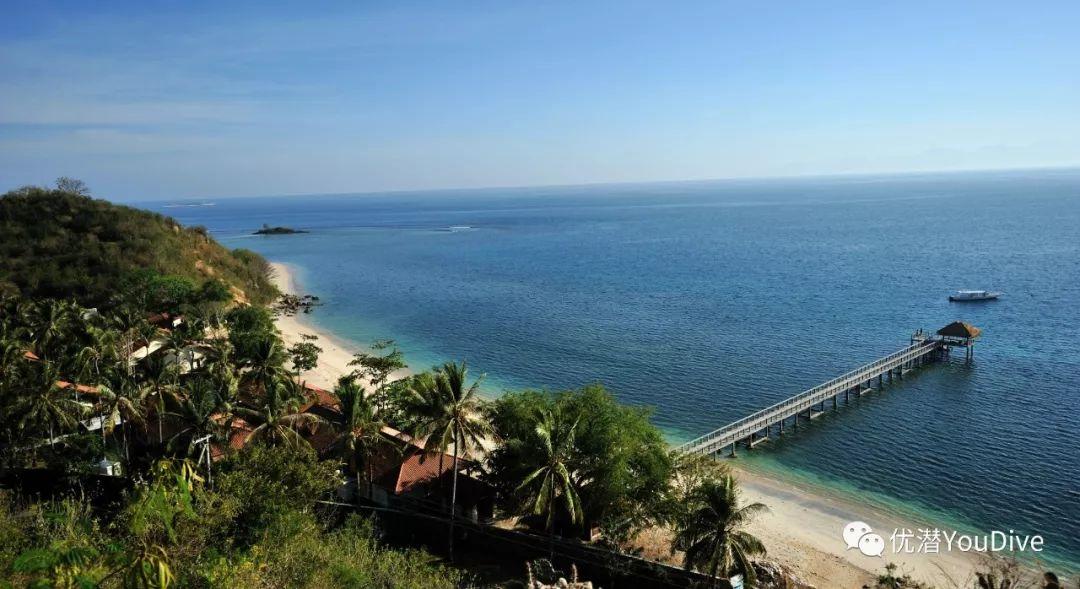 此外,度假村还面向gili nanggu,gili tangkong和gili sudak三个椰子树