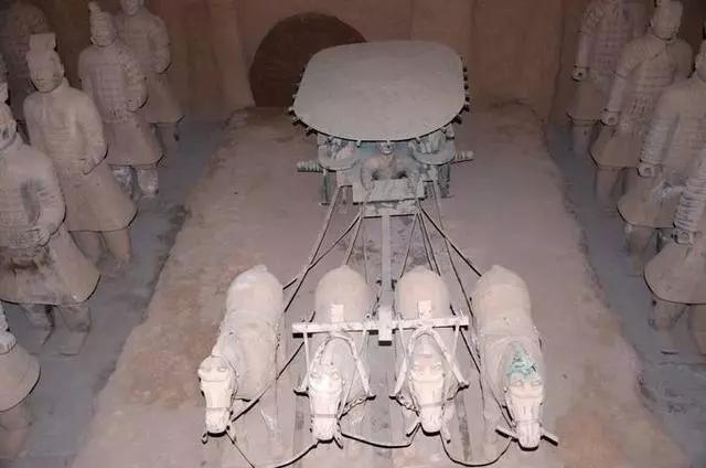 秦咸阳城布局_秦始皇陵选建在骊山的秘密_中国