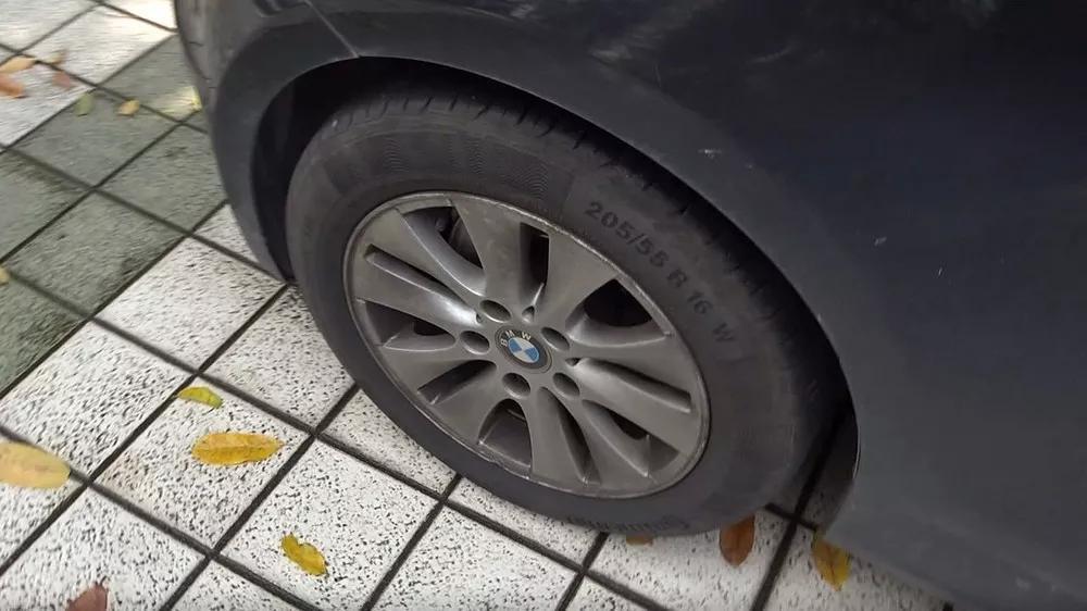 轮毂太脏弄不干净?没事,简单几步就搞定!【汽车Vlog123】