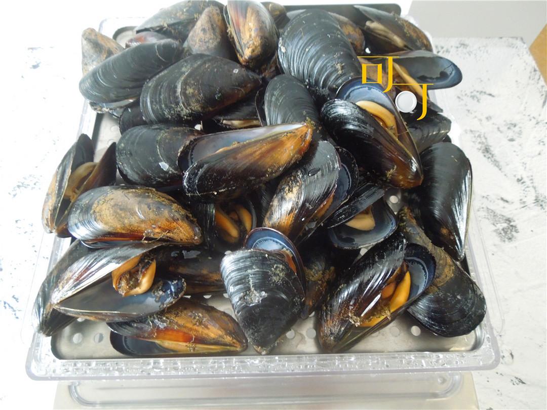 夏天里便宜的贝壳就数它,肥美鲜嫩,这么做原汁原味简单好吃