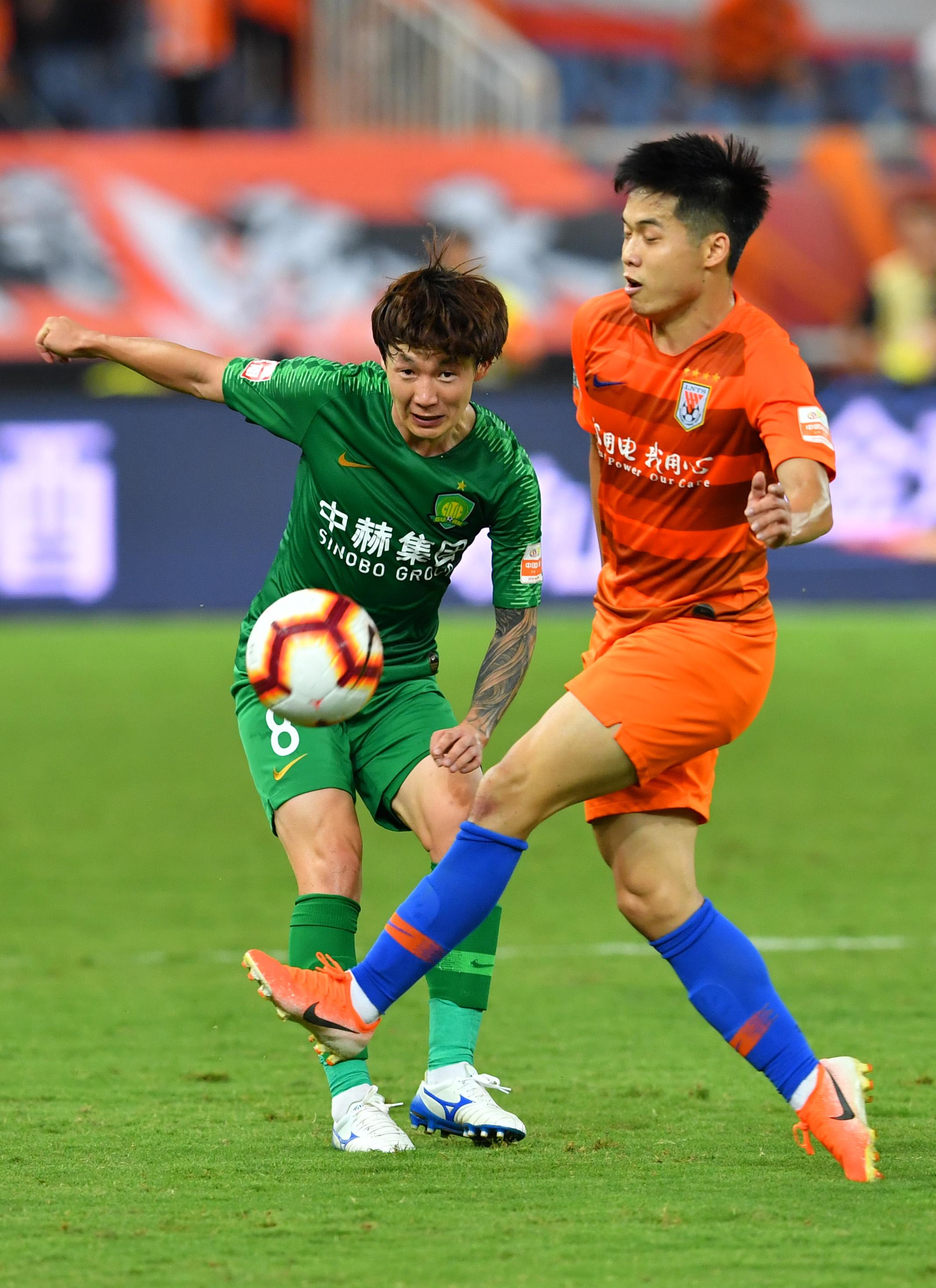足球――中超:山东鲁能泰山胜北京中赫国安