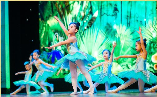 全城招募表演爱好者 睡美人 儿童舞台剧空降四会,孩子舞台明星梦来这实现