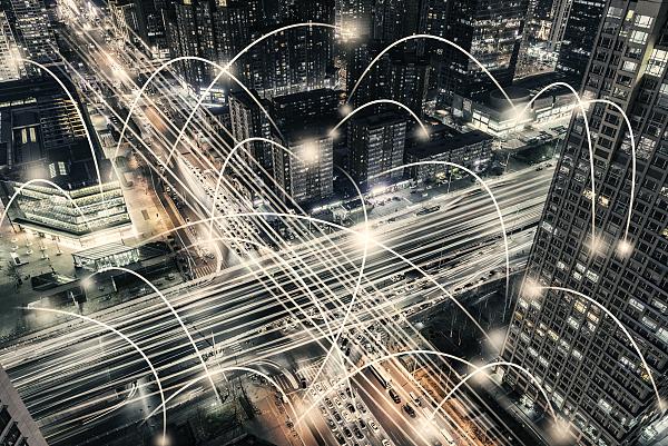 数据处理技术与产业发展白皮书发布,我国数据处理产业年均复合增长率超25%