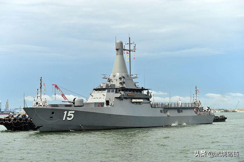 铁血丹����,,yk�9�m9�b_舰尾是一个多任务模块的下沉式甲板设计,平时安装两组rhib高速突击艇