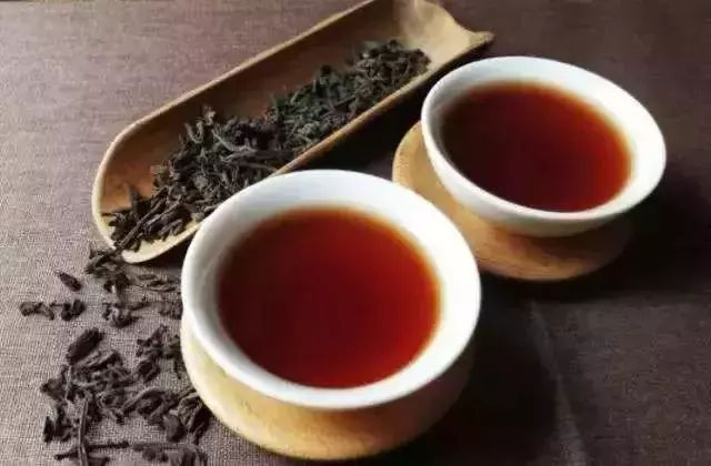发霉还能喝吗?如何判断黑茶是否发霉?