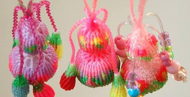 """小时候用玻璃丝编织的""""小玩意儿"""",会编2种以上都是心灵手巧人"""