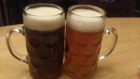 <b>黑啤酒、黄啤酒,夏天应该喝哪种?不管好坏,喝酒别超过这个数</b>