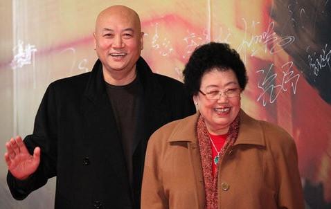 同样演唐僧,他因5元片酬辞演今60岁仍走穴,他娶女富豪衣食无忧