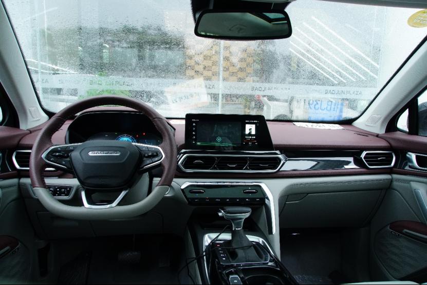 年轻人最重视的车机系统,新宝骏RS-5与博越谁更胜一筹?