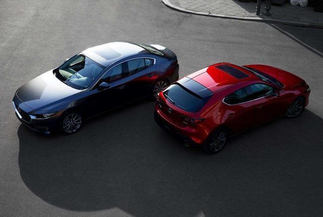 都说黑色显档次,但这4款车千万别买黑色,可能会让你失望