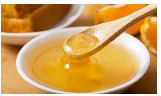 <b>告诉您为什么要多喝蜂蜜水。</b>