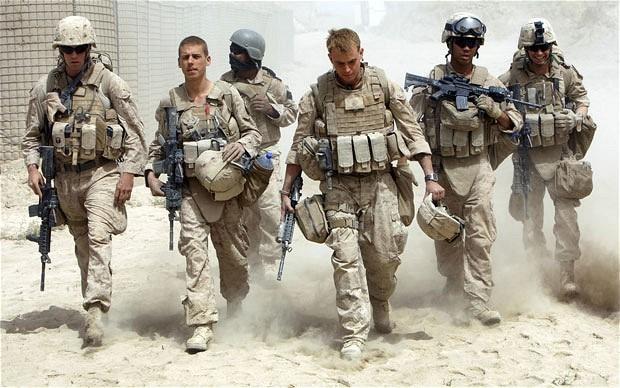 美军撑不住了?白宫呼吁亚洲四国帮忙出兵中东 谁会上当呢?