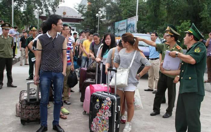 到越南的中国游客骤减,引起越南人不满,中国网友:还有脸埋怨