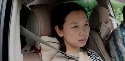 产痛12小时的她,成为中国第一部自然分娩纪录片的主人公!