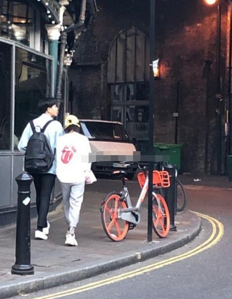 張若昀唐藝昕倫敦度蜜月被拍 新婚燕爾連背影都這么甜