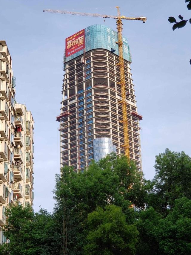 东莞高51层轨道交通大厦封顶,为全市首个TOD综合开发项目