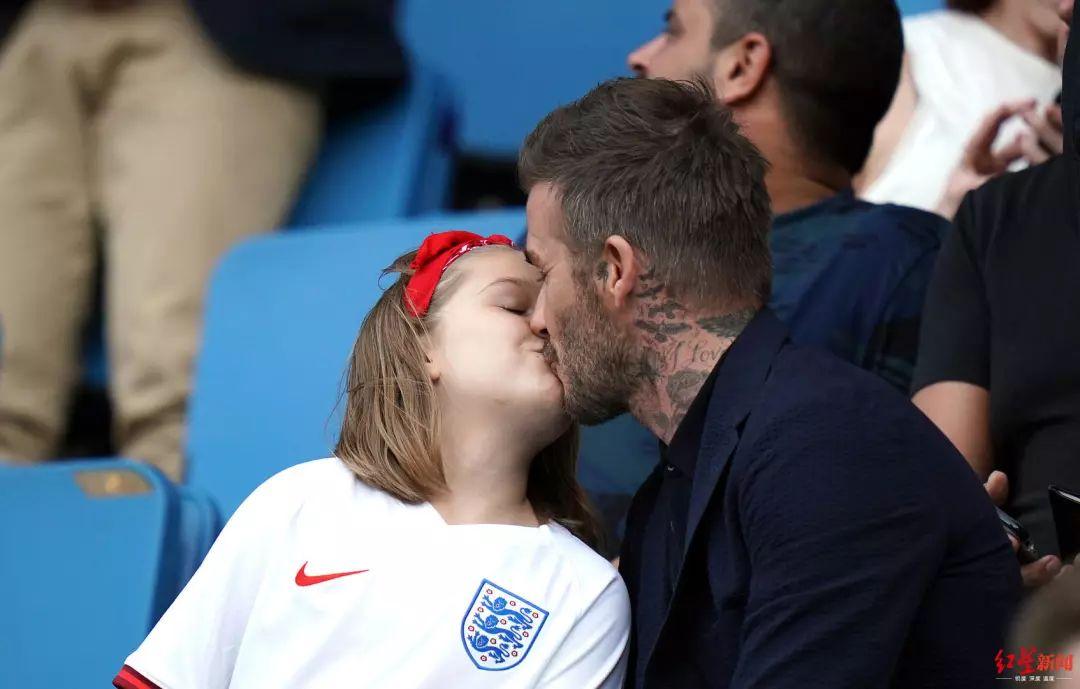 【1024·热议】嘴对嘴亲吻8岁女儿,贝克汉姆这做法错了吗