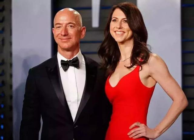 49岁离婚带娃:能共度难关成世界首富,亦能潇洒离去做自己的女王!