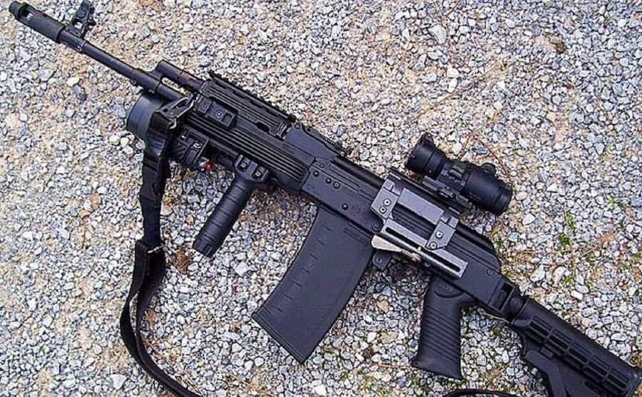 """俄罗斯酷炫""""枪械:与AK枪械外表相像,却不适合上战场"""