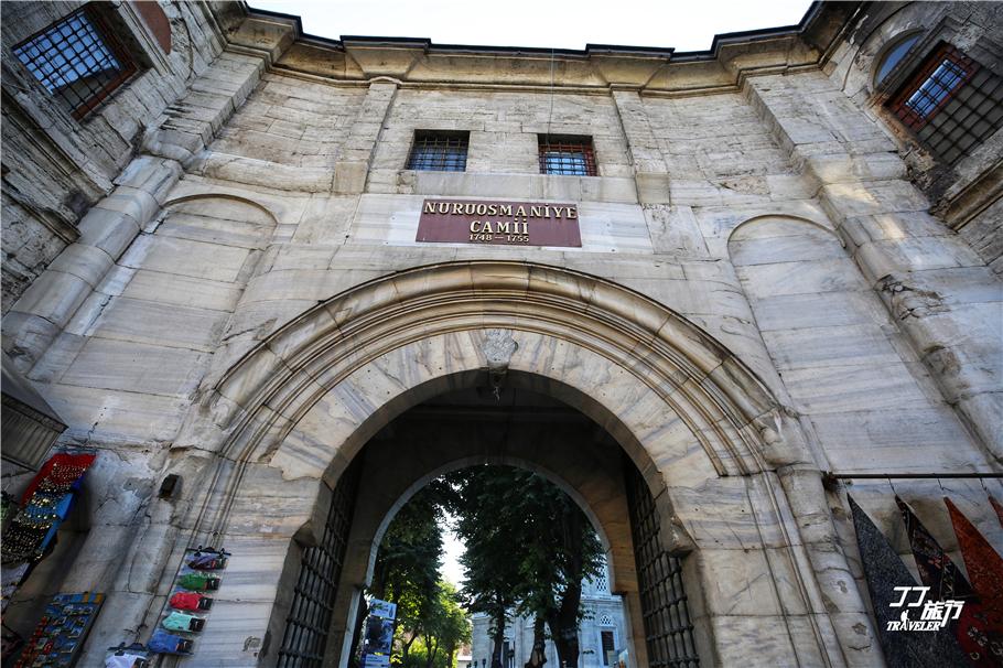 世界上最大最古老土耳其大巴扎,市场很中国风,梦幻的像阿里巴巴